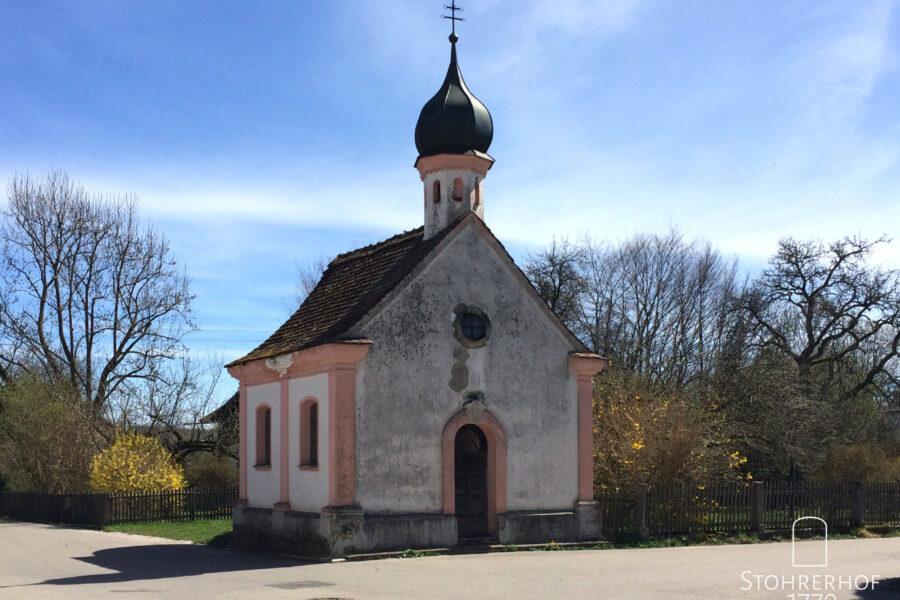 Unsere Kapelle Maria Hilf außen Gut Stohrerhof