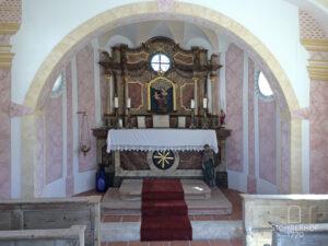 Unsere Kapelle Maria Hilf innen Gut Stohrerhof